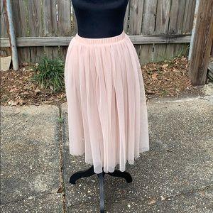 Blush ballerina flowy skirt!
